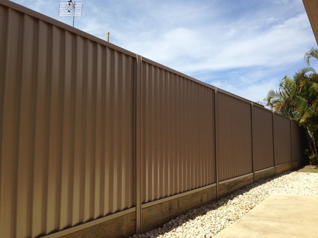 Rapid Constructions Colorbond Fencing